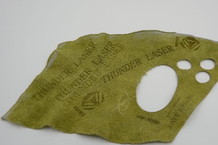 green Тканино-шкіряний лазерний різак