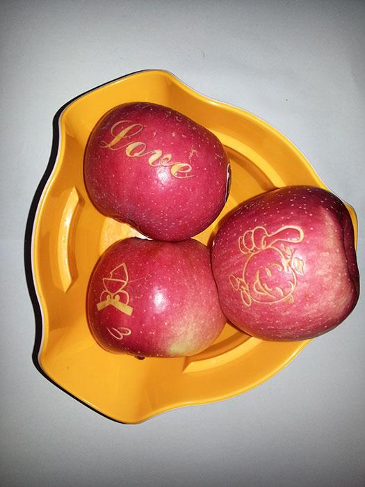 apple Лазерный гравер