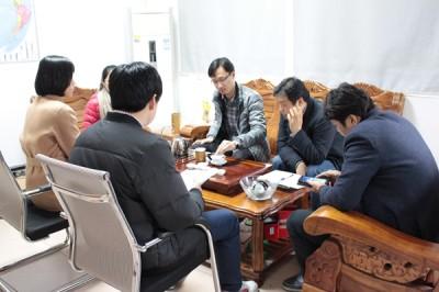 South Korean distributor's visit add brilliance to Thunder Laser